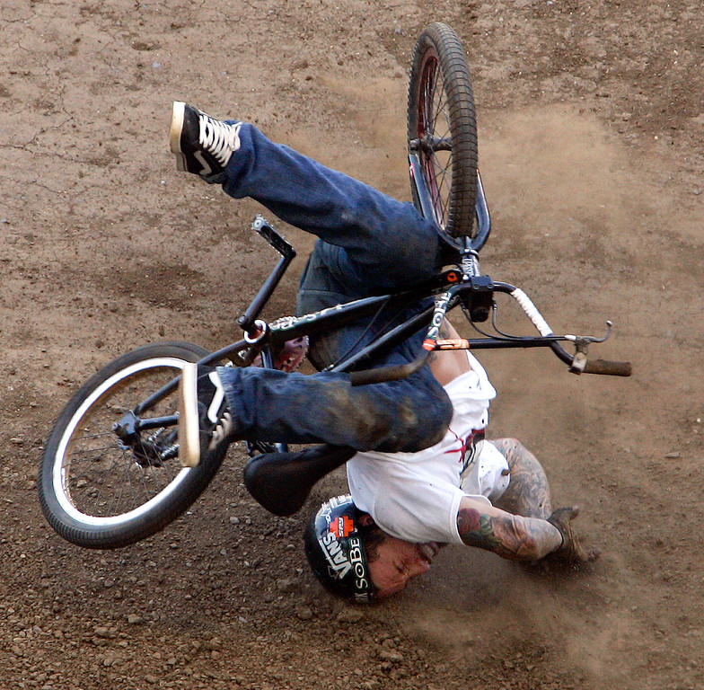. Cory Nastazio of Riverside,Calif., crashes hard on his face during the first round of the BMX Freestyle Dirt Finals during the Eleventh X Games at the Home Depot Center in Carson ,Calif., August 6. 2005.  (Pasadena Star-News Staff Photo Keith Birmingham/SXSports)
