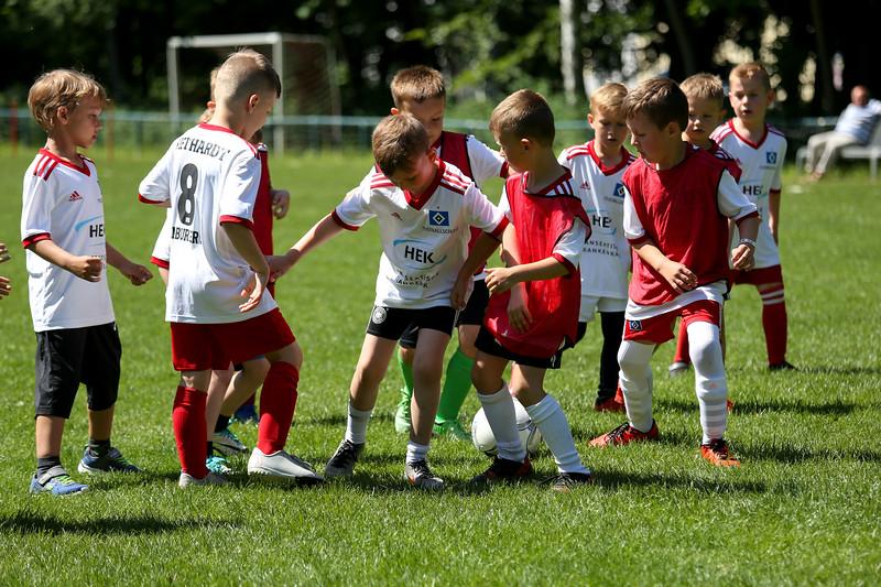 hsv_fussballschule-512_48047999648_o.jpg