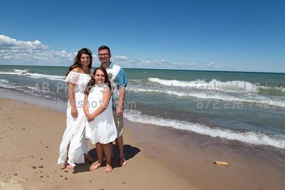 Alyssa & Family Photos at the Beach