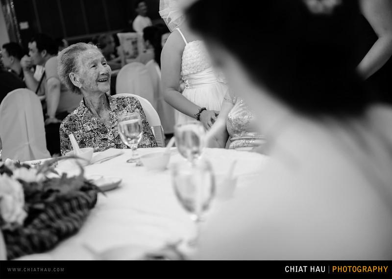 Chee Hou + Li Li - Actual Day Bride Dinner -_-78.jpg