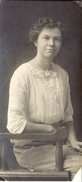 Hattie Woods 1915