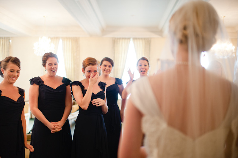 Bridesmaids-First-Look 1.jpg