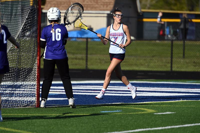 girls_lacrosse_2443.jpg