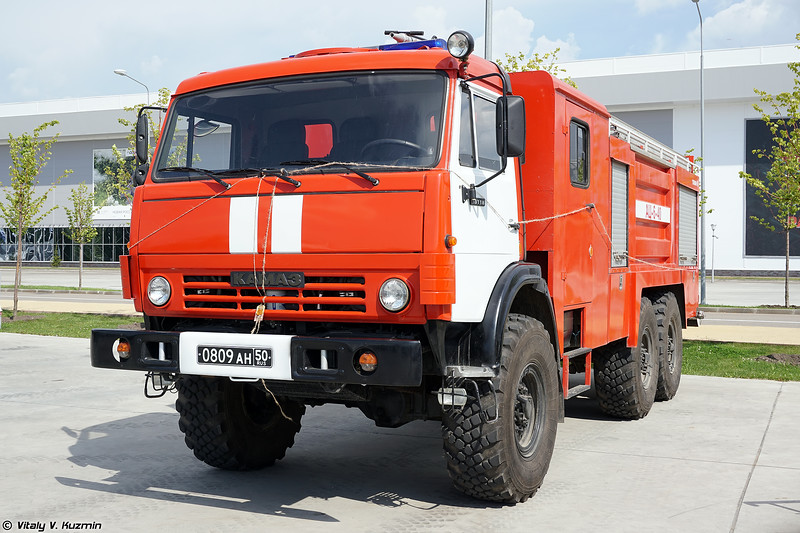 АЦ-6-40 (ATs-6-40 fire engine)