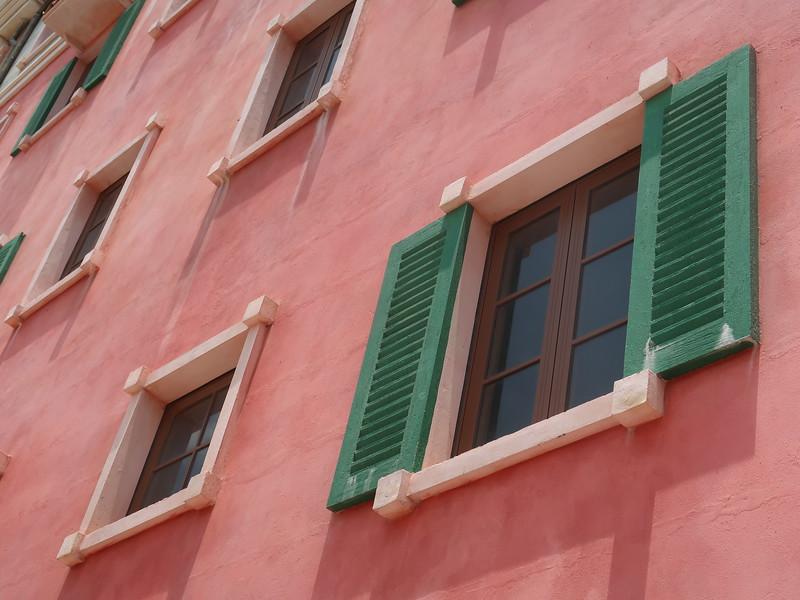 IMG_9225-concrete-window-shutters.JPG