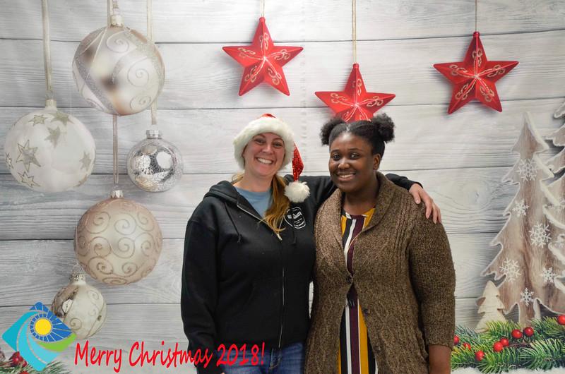 Christmas Photobooth 2018-026_01.jpg