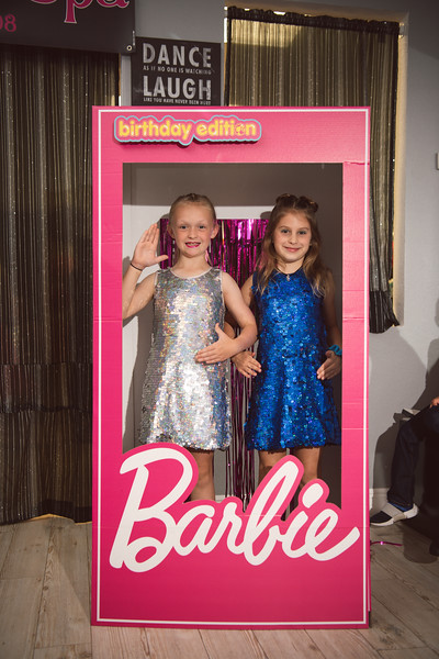 2020-0104-delaney-barbie-party-59.jpg