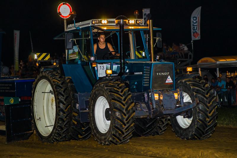 Tractor Pulling 2015-01766.jpg