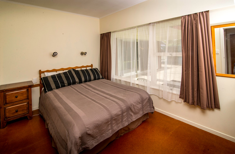 Tutakaka-bedroom 1.jpg