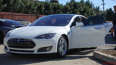 2015 Tesla Model S - Pearl White Multi-Coat