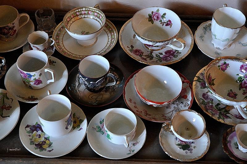 tea service 3 5-9-2011.jpg