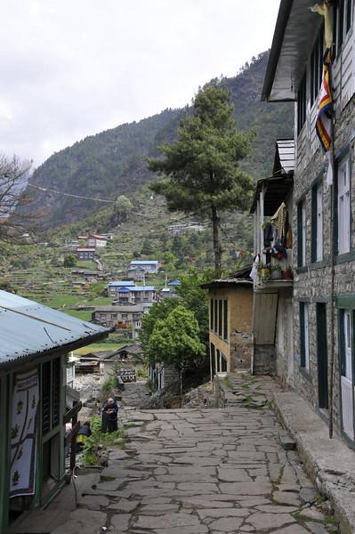 080516 2532 Nepal - Everest Region - 7 days 120 kms trek to 5000 meters _E _I ~R ~L.JPG