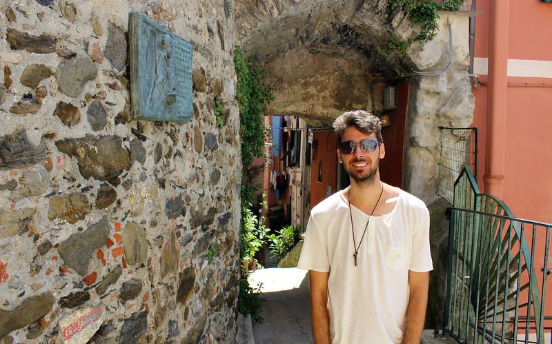 Italy-Cinque-Terre-Vernazza-08.JPG