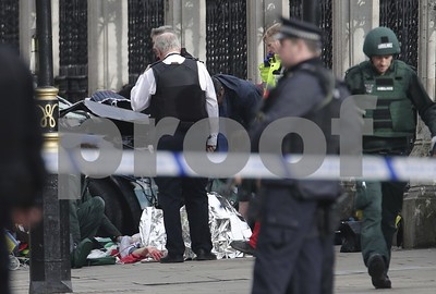 parliament-westminster-bridge-attacks-bring-chaos-to-london