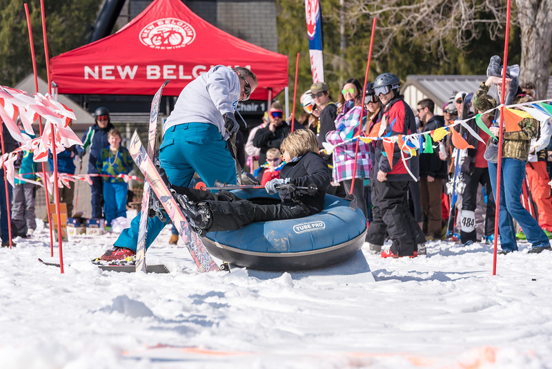55th-Carnival-2016_Snow-Trails-1400.jpg