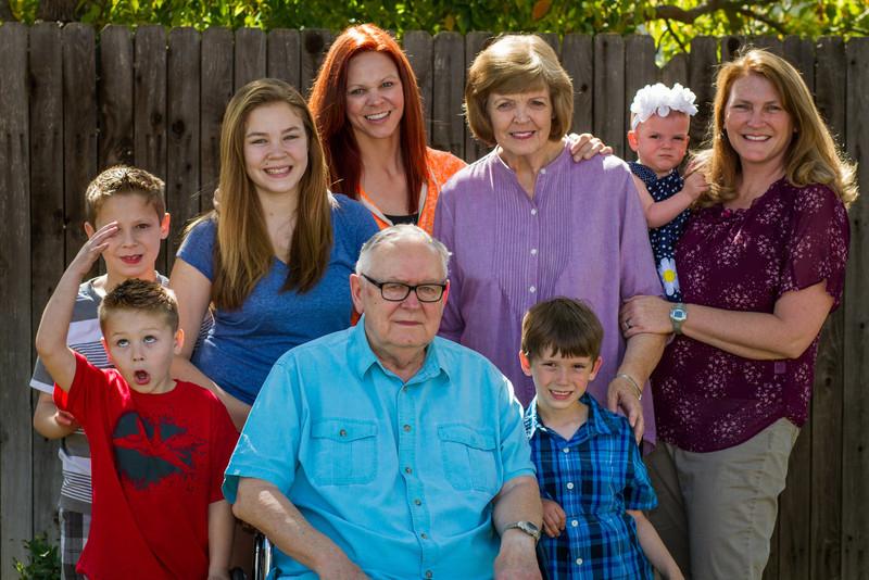 03-27 Hanson Family-103.jpg
