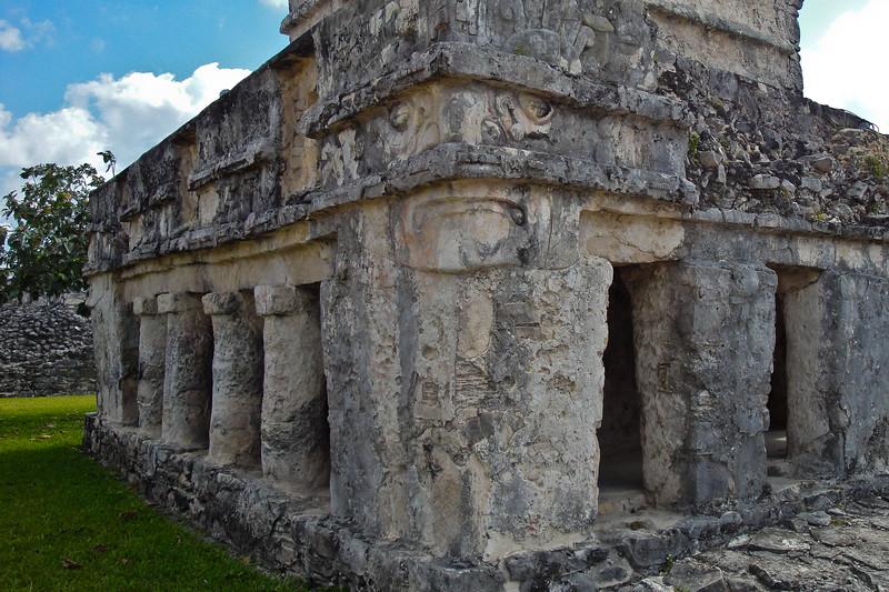 tulum-ruins_4500173244_o.jpg