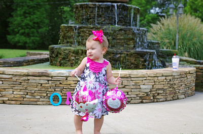 Kaylen's ONE year old pics