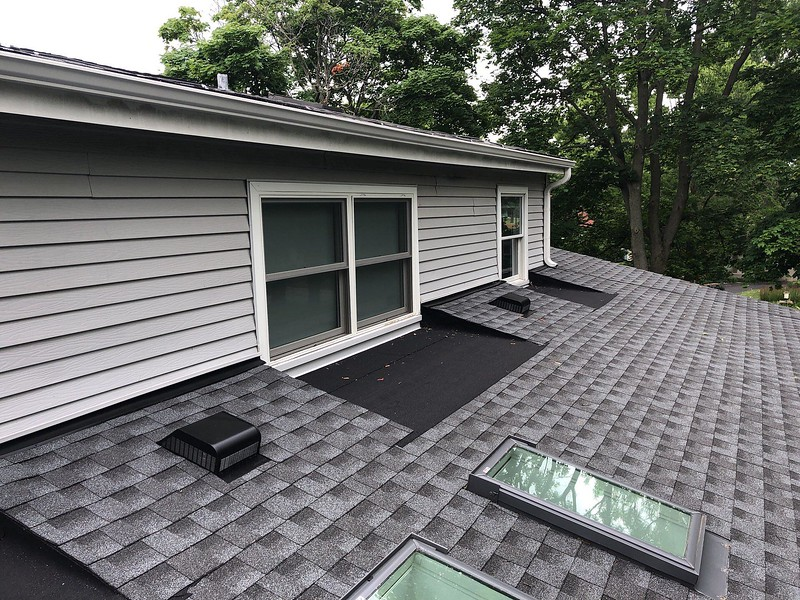 asphalt-shingle-roofing-company-ab-edward 5.jpg