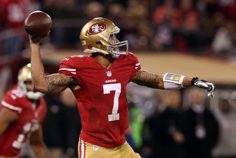 . Quarterback Colin Kaepernick #7 of the San Francisco 49ers throws the ball against the Green Bay Packers during the NFC Divisional Playoff Game at Candlestick Park on January 12, 2013 in San Francisco, California.  (Photo by Stephen Dunn/Getty Images)