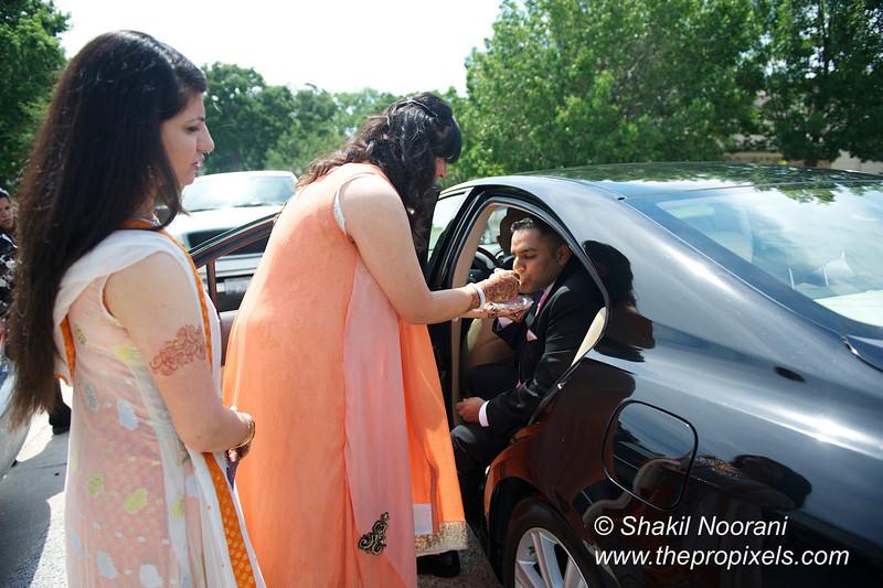 Naziya-Wedding-2013-06-08-01799.JPG