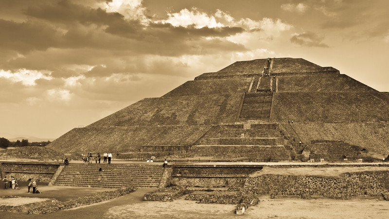 Magnificent Sun Pyramid in the mystic Teotihuacan beautified by the dramatic evening lighting.