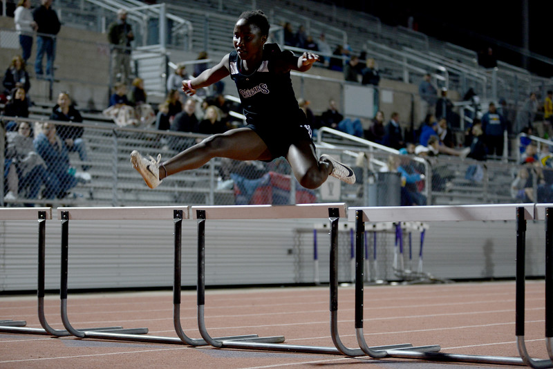 MS-Track-District-Championships_015.jpg
