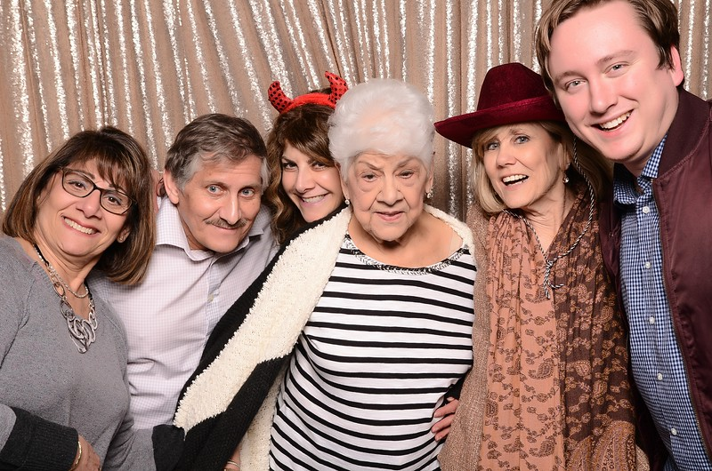 20180324_MoPoSo_Seattle_Photobooth_Number6Cider_Thoms50th-220.jpg