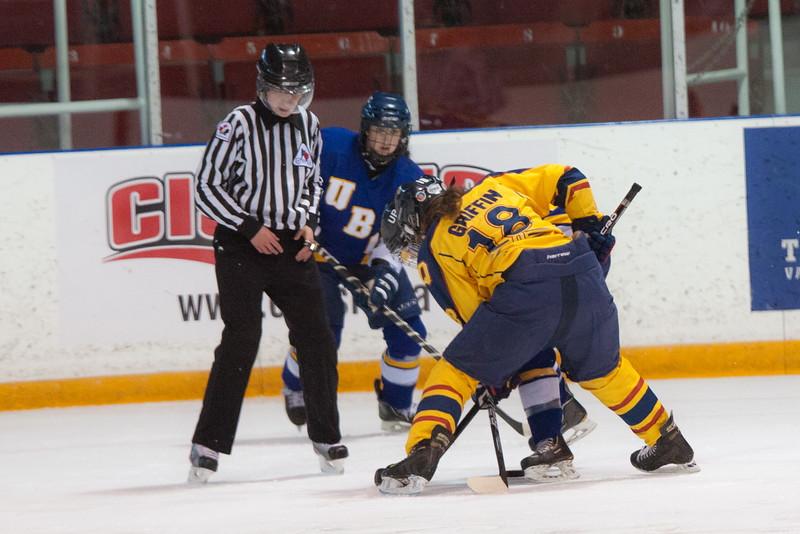 20130310 QWHockeyvsUBC 221.jpg