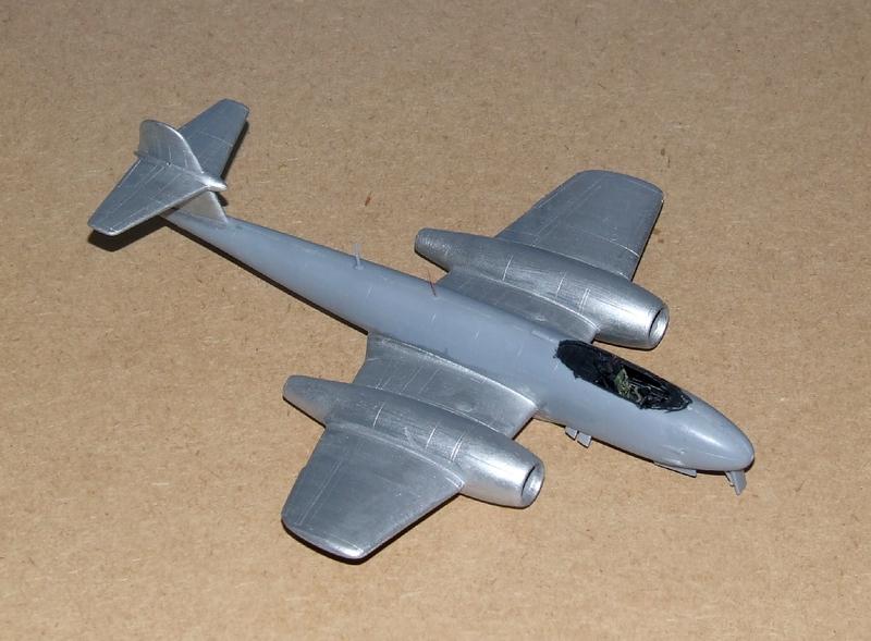 Meteor F.8 A1, 02s.jpg