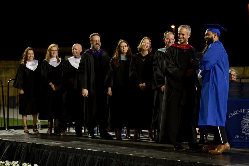 LHS-Graduation-2021_006.jpg