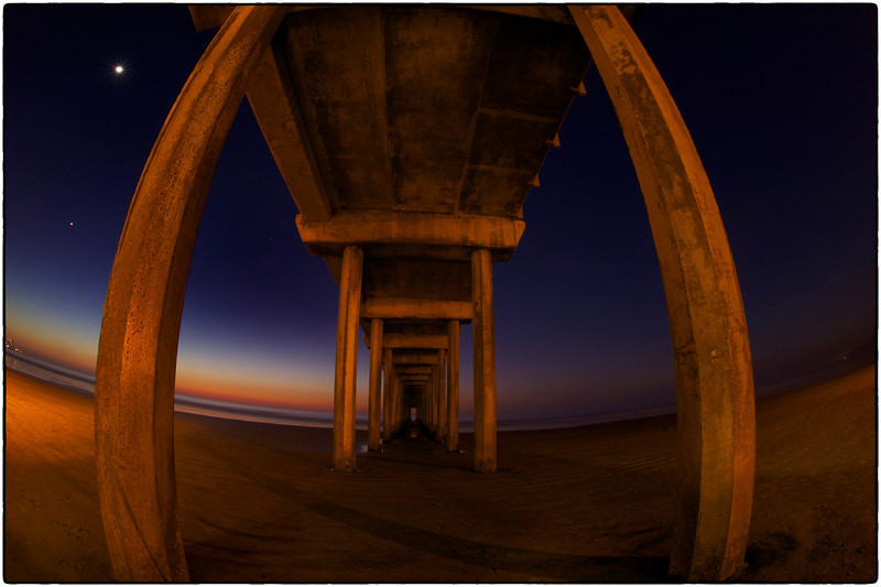 Back to one of my favorite places, Scripps Pier La Jolla at night with my friend.  We were practicing wide angle slow shutter speed shots on this beautiful La Jolla night.  We had 72 degree weather and not a cloud in the sky today.