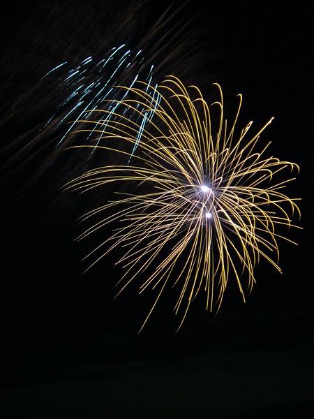 2005_1028tootingfireworks083_edited-1.JPG