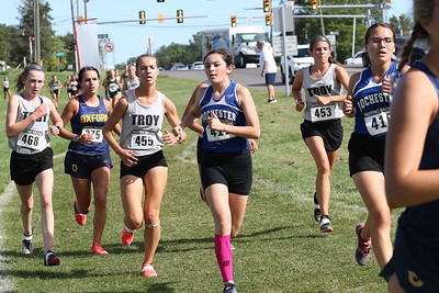 Girls' Varsity During Race - 2019 OU Golden Grizzly HS XC Invite