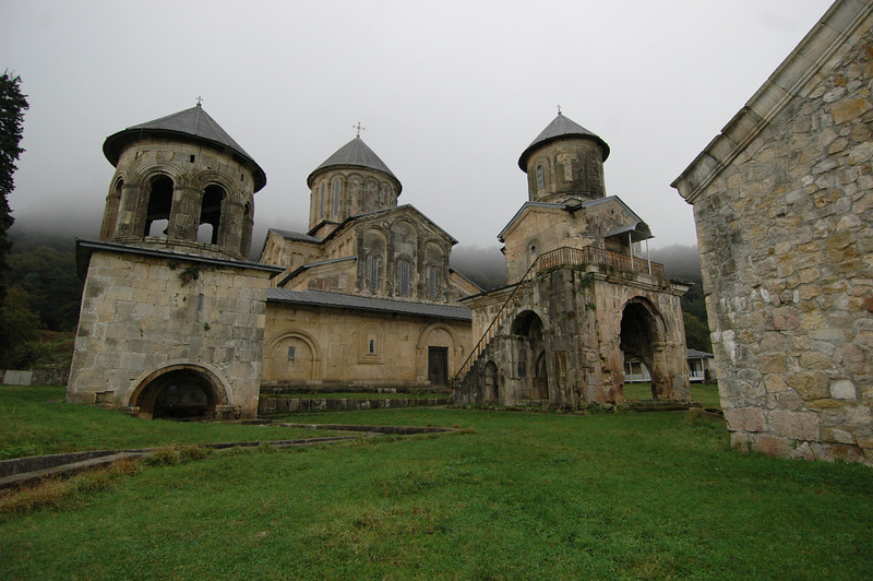 051018 9880 Georgia - Kutaisi - Historic Churches and Environs _E _H _N ~E ~L.JPG