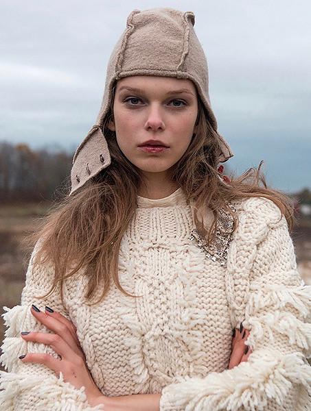 Stylist-Sabine-Feuilloley-Fashion-Editorial-Creative-Space-Artists-Management-18-TGA_agb.jpg