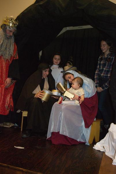 2014-12-21-Christmas-Pageant_170.jpg