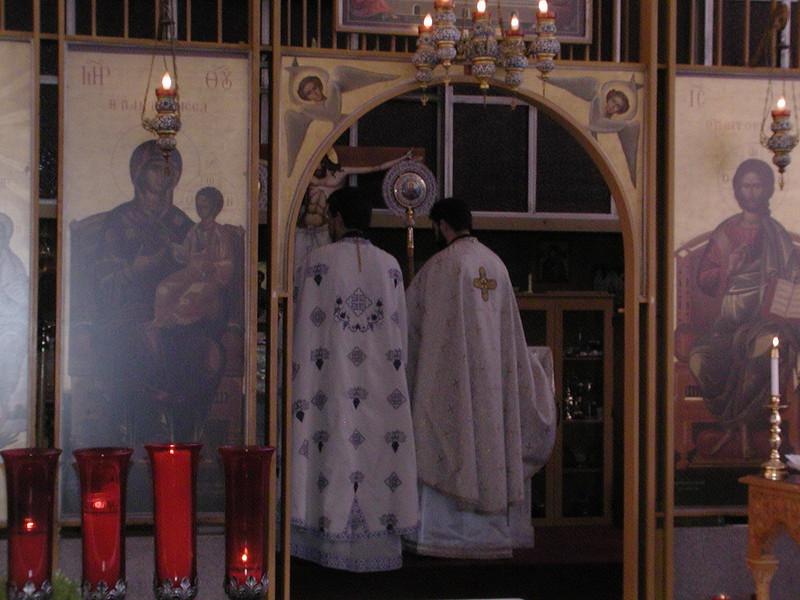 2006-08-13-Fr-Radus-First-Sunday_007.jpg