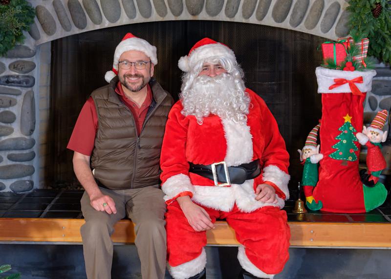 CB Santa 2019-7931.jpg