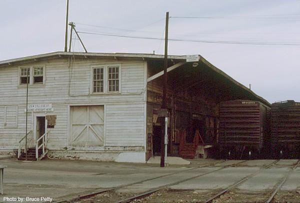 freighthouse1.jpg