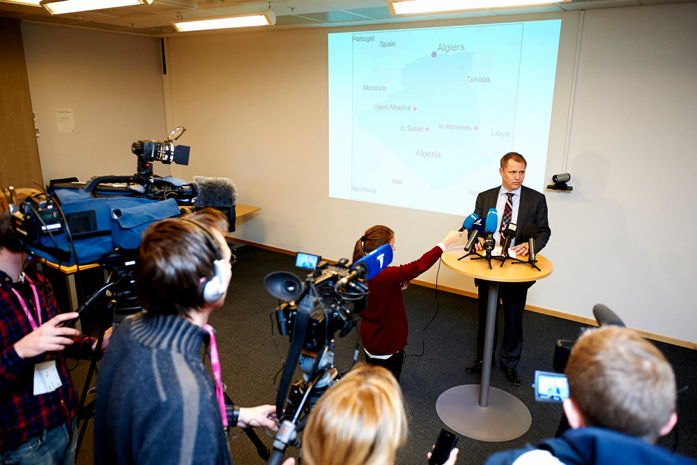 Description of . Lars Christian Bacher, director for international affairs at Norwegian oil firm Statoil, gives a news conference in regards to the attack at gas field in Algeria, at Stavanger, Norway in this picture provided by Scanpix January 16, 2013. Islamist militants attacked a gas field in Algeria on Wednesday, claiming to have kidnapped up to 41 foreigners including seven Americans in a dawn raid in retaliation for France\'s intervention in Mali, according to regional media reports. The gas field is operated by a joint venture including BP , Statoil and Algerian state company Sonatrach.  REUTERS/Kent Skibstad/Scanpix