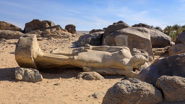 Der Basalt-Koloss von Tumbus