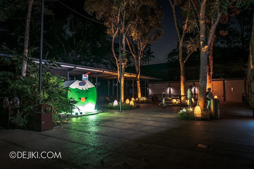 Singapore Zoo Rainforest Lumina - Empty Food area
