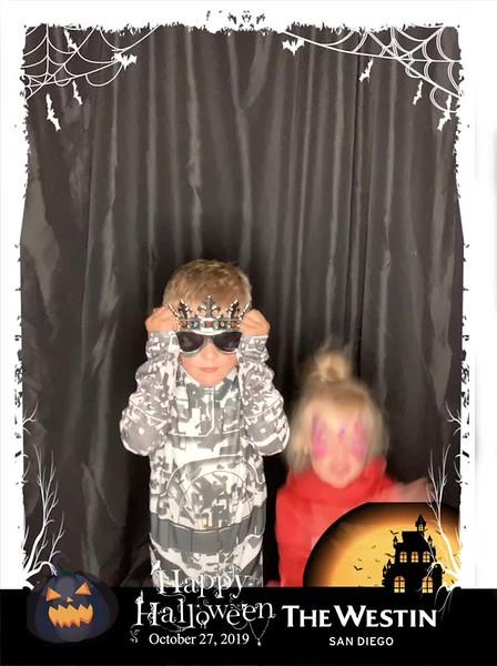 Westin_Halloween_Party_2019_boomerang_17.mp4