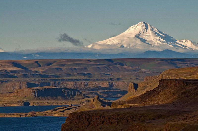 Mt Hood from Mary Hill, WA.jpg