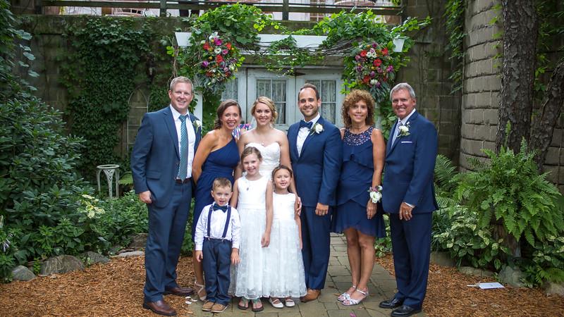 Garrett & Lisa Wedding (557).jpg