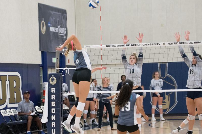 HPU Volleyball-91999.jpg