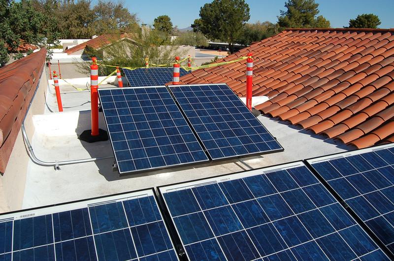 20121221_Solar_Installation_036.JPG