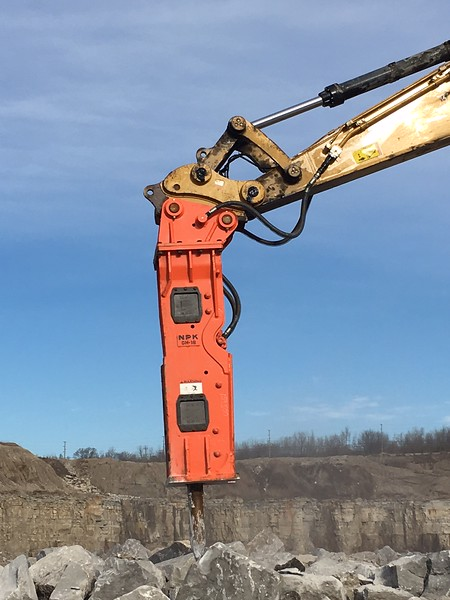 NPK GH18 hydraulic hammer on Cat 349F excavator - Sidwell Materials (Murphy Columbus)  12-17 (6).JPG