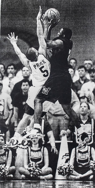 UNCW Basketball 99-00-31.jpg